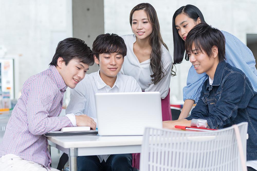 パソコン 大学生